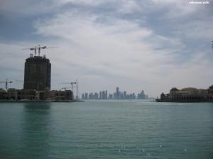 Widok z Pearl na centrum Doha